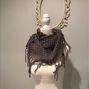 Accessories - Fringe sweater scarf